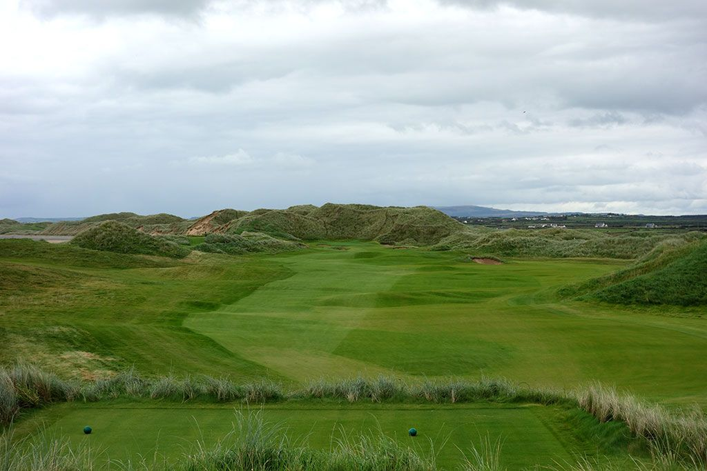 1st Hole at Trump International Golf Links Doonbeg (561 Yard Par 5)