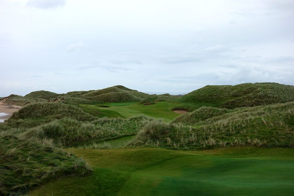 6th Hole at Trump International Golf Links Doonbeg (365 Yard Par 4)