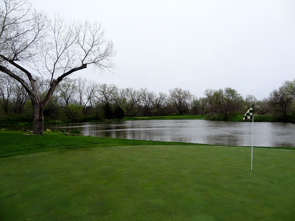 10th Hole at Flint Hills National Golf Club (169 Yard Par 3)