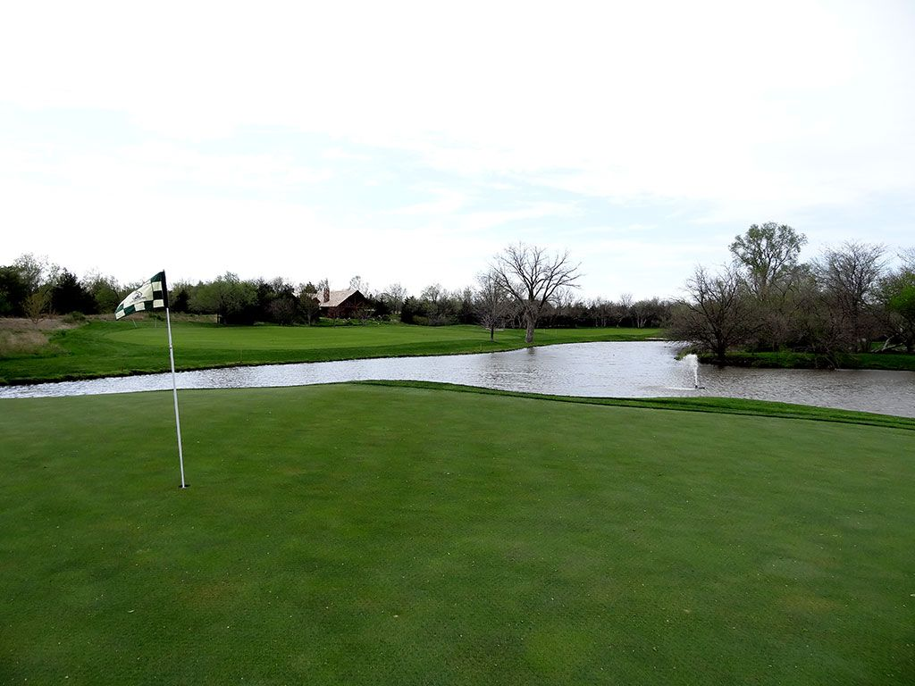 18th Hole at Flint Hills National Golf Club (496 Yard Par 5)