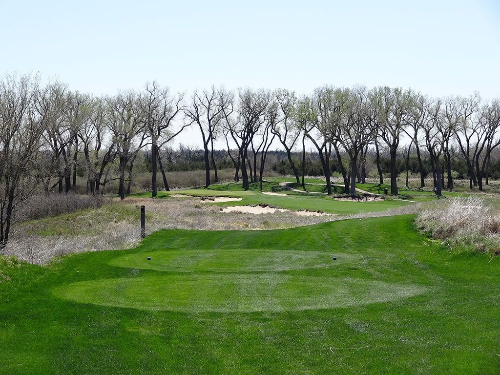 14th Hole at Prairie Dunes Country Club (405 Yard Par 4)