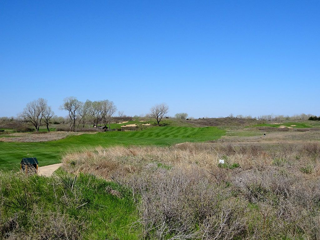 8th Hole at Prairie Dunes Country Club (468 Yard Par 4)