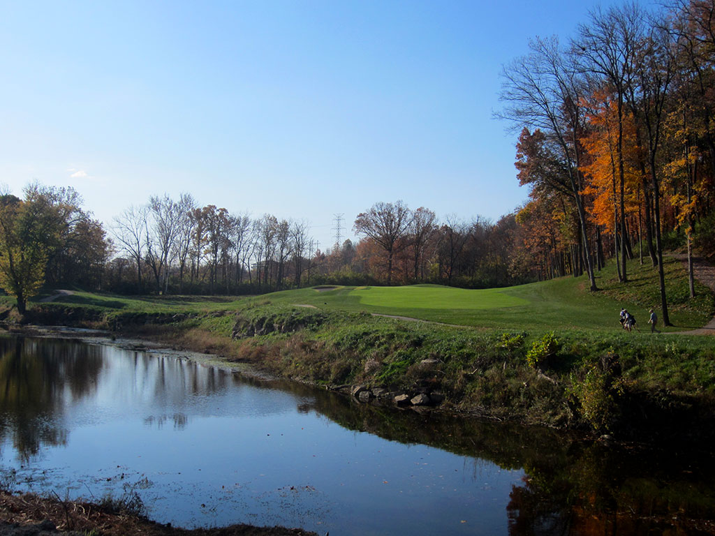 6th Hole at Valhalla Golf Club (495 Yard Par 4)