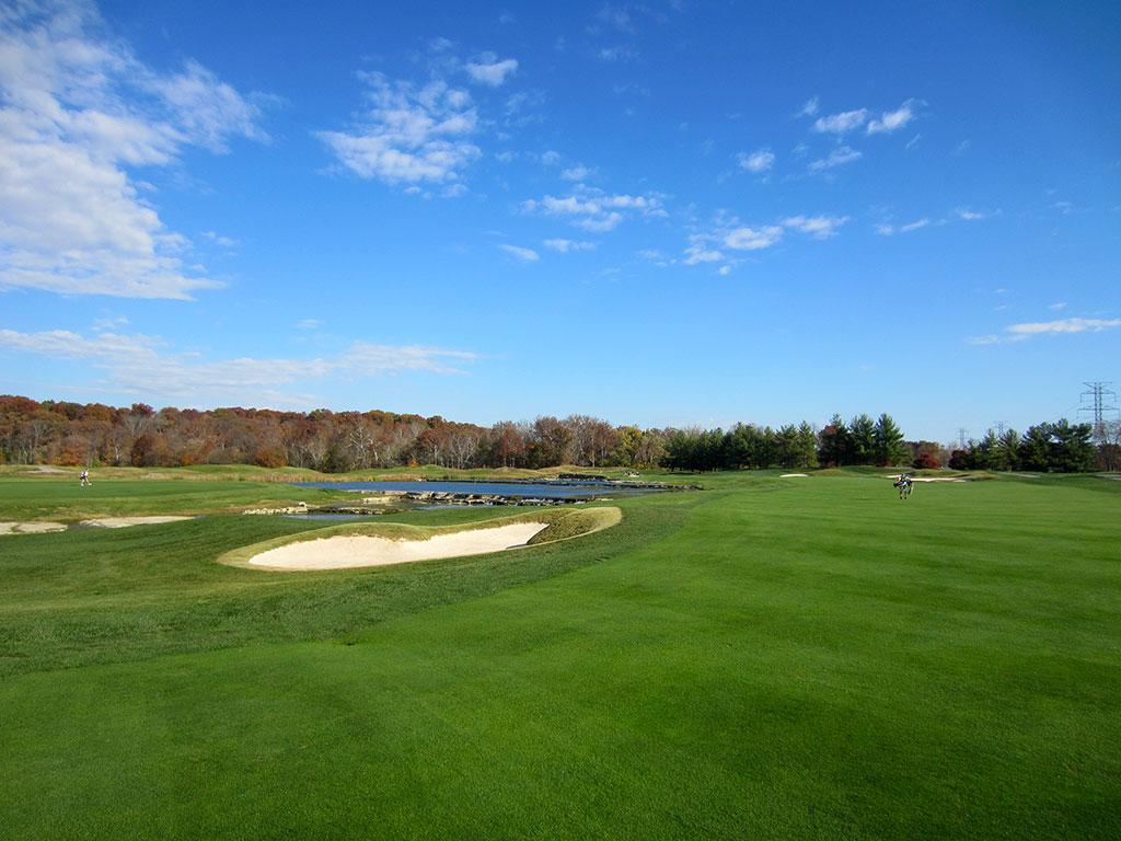 7th Hole at Valhalla Golf Club (600 Yard Par 5)
