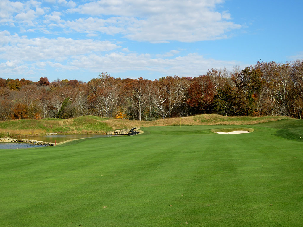 7th Hole at Valhalla Golf Club (600 Yard Par 5)
