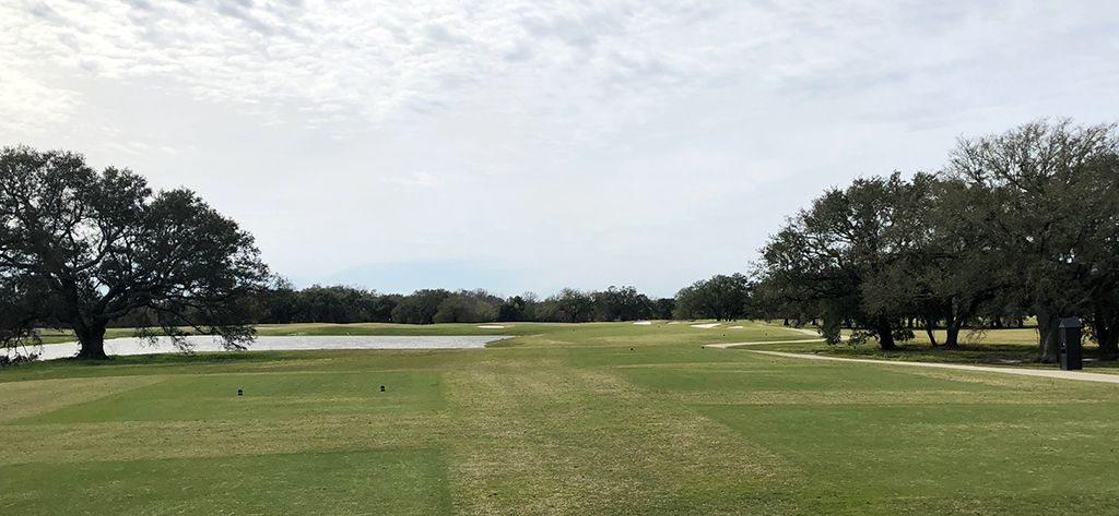 16th Hole at Bayou Oaks City Park (South) (347 Yard Par 4)