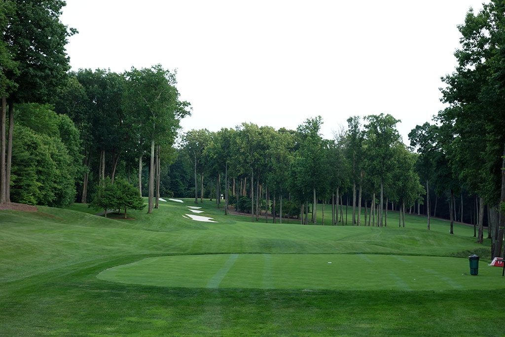 13th Hole at Caves Valley Golf Club (535 Yard Par 5)