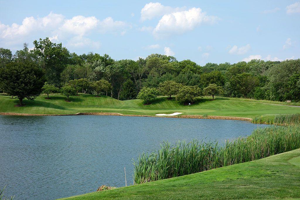 4th Hole at Caves Valley Golf Club (202 Yard Par 3)