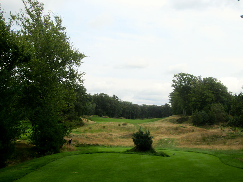 15th Hole at Boston Golf Club (589 Yard Par 5)