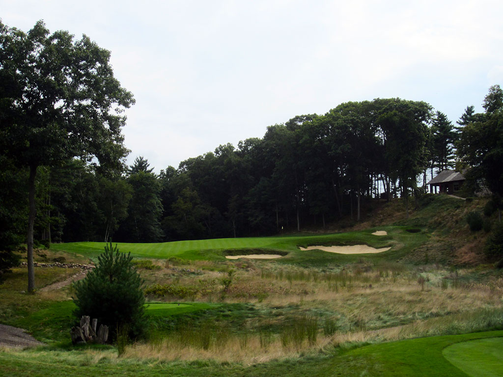 18th Hole at Boston Golf Club (187 Yard Par 3)