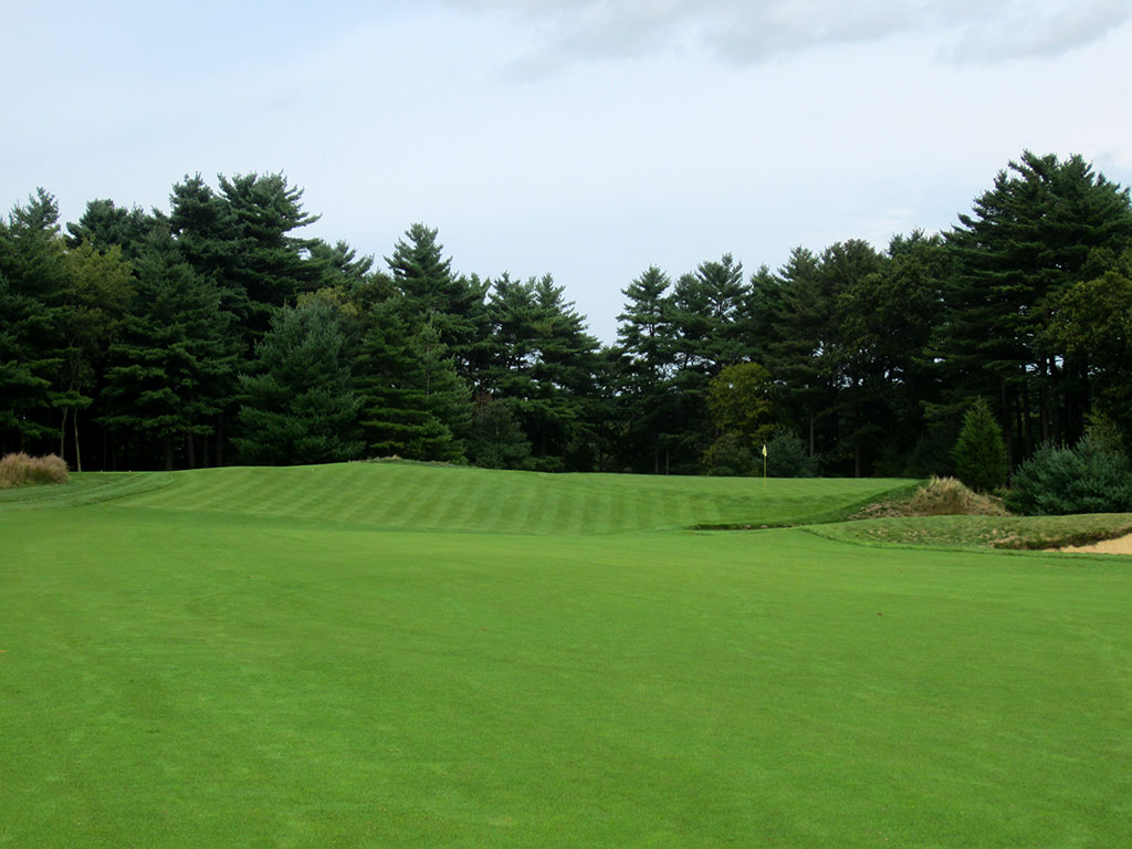 7th Hole at Boston Golf Club (456 Yard Par 4)