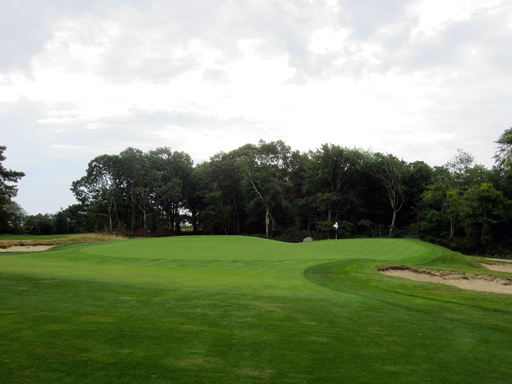11th Hole at The Kittansett Club (241 Yard Par 3)