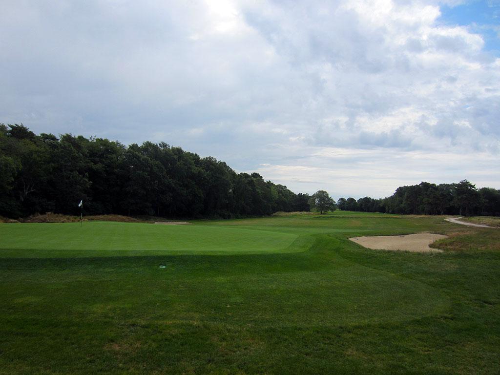 7th Hole at The Kittansett Club (534 Yard Par 5)
