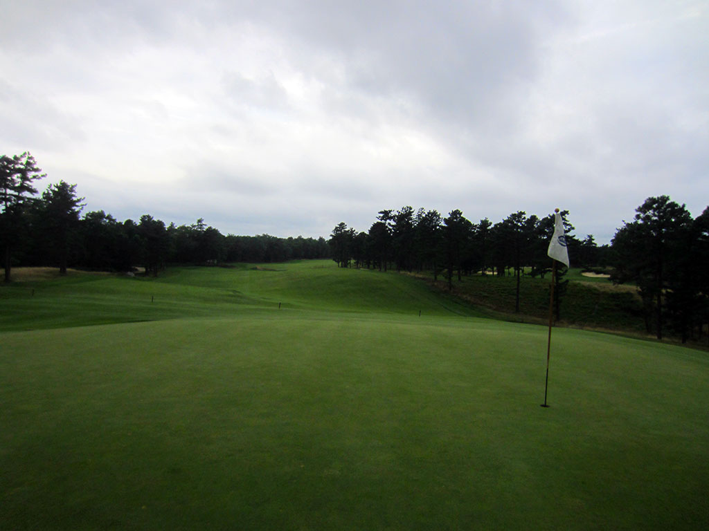 10th Hole at Old Sandwich Golf Club (516 Yard Par 5)