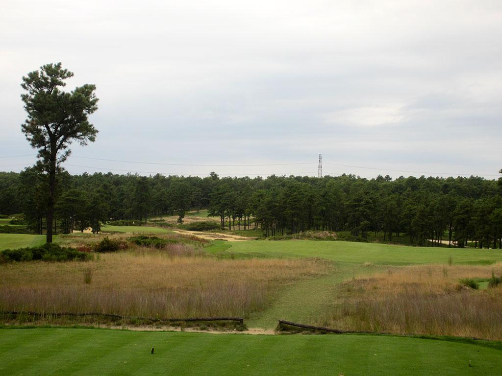 7th Hole at Old Sandwich Golf Club (391 Yard Par 4)