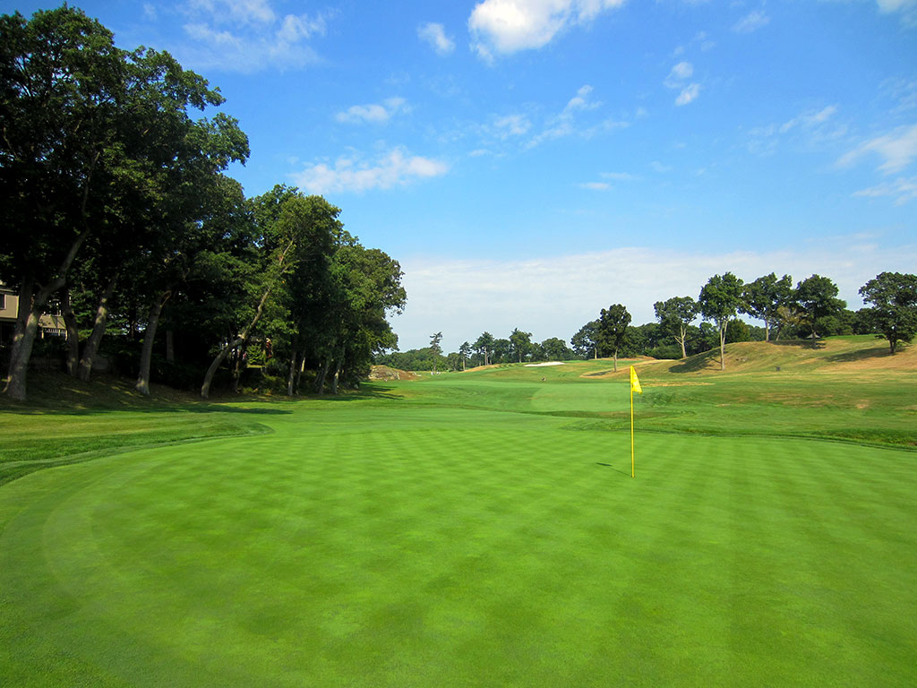 5th Hole at The Country Club (Brookline) (497 Yard Par 4)
