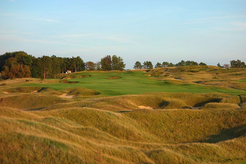 15th Hole at Arcadia Bluffs Golf Club (519 Yard Par 5)