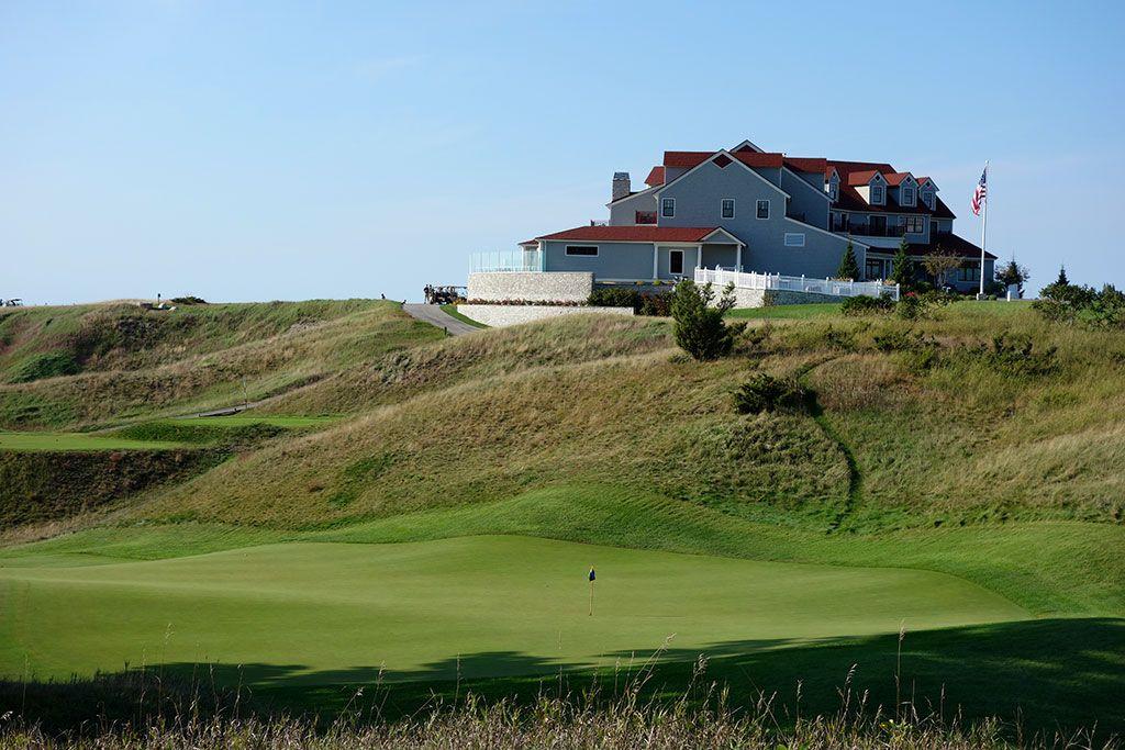 9th Hole at Arcadia Bluffs Golf Club (203 Yard Par 3)