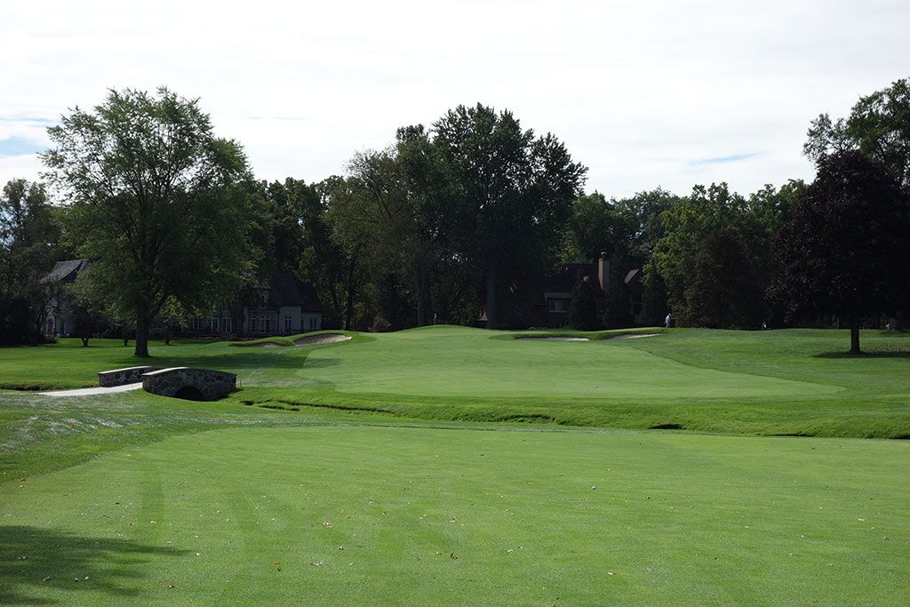 5th Hole at Oakland Hills Country Club (South) (490 Yard Par 4)