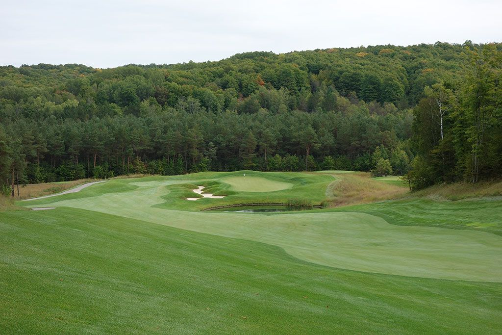 7th Hole at True North Golf Club (595 Yard Par 5)