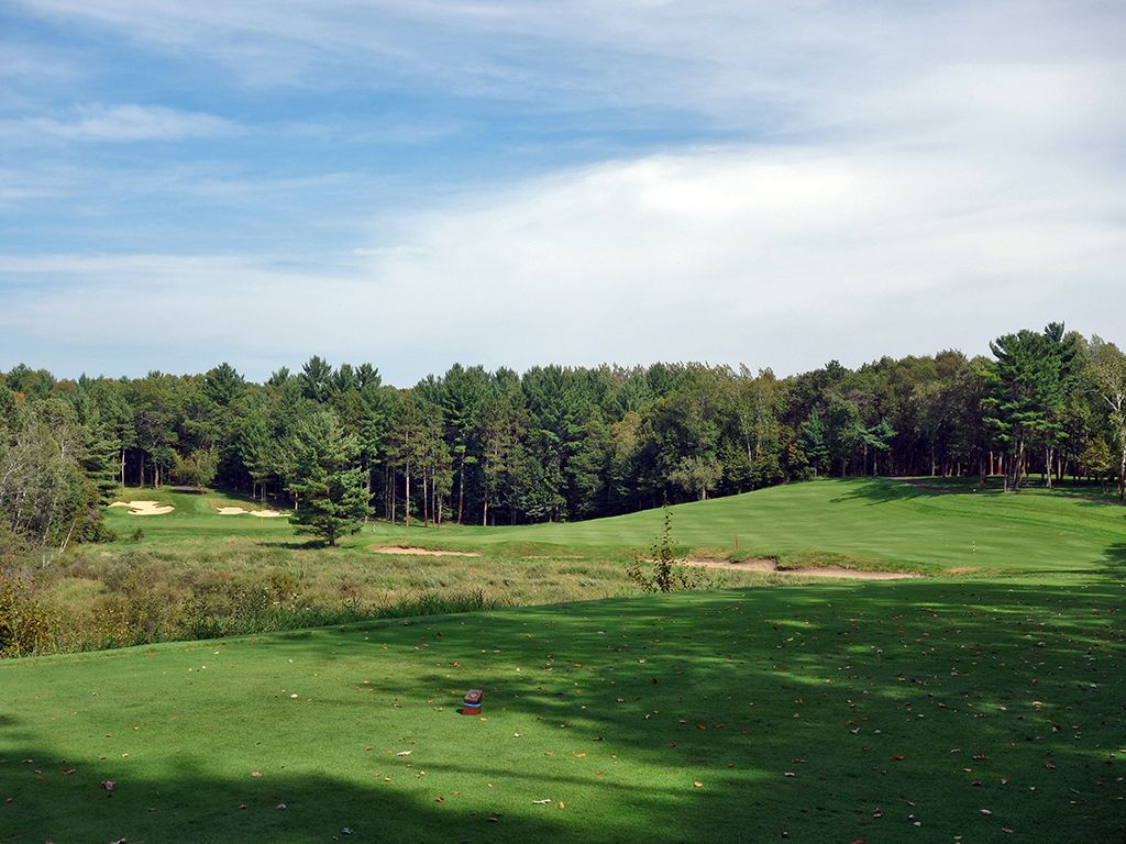 12th Hole at Deacons Lodge (340 Yard Par 4)