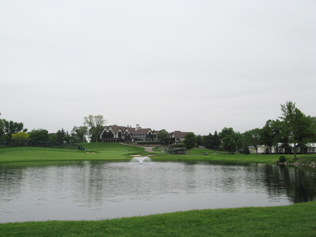9th Hole at Interlachen Country Club (530 Yard Par 5)