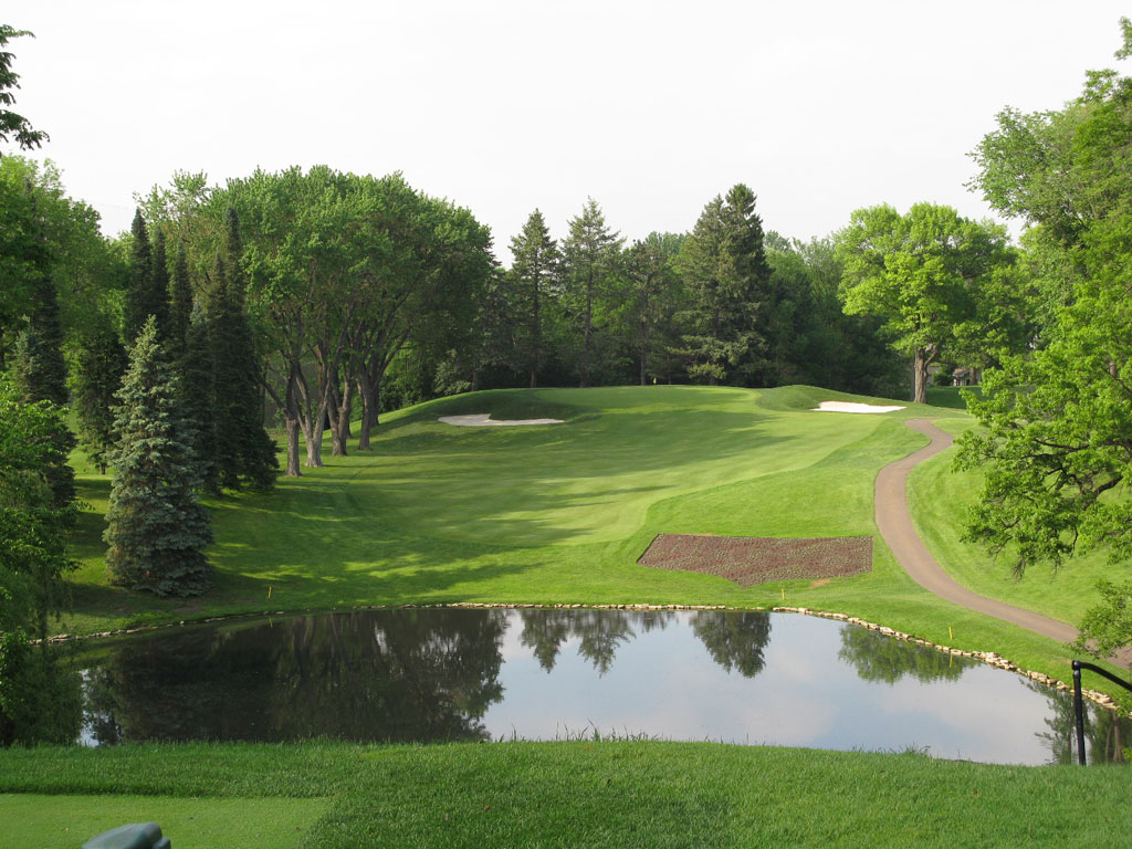 10th Hole at Minneapolis Country Club (230 Yard Par 3)