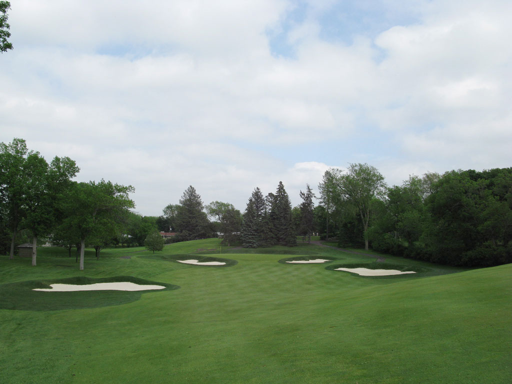 3rd Hole at Minneapolis Golf Club (562 Yard Par 5)