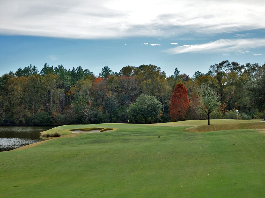 5th Hole at Fallen Oak Golf Club (488 Yard Par 4)