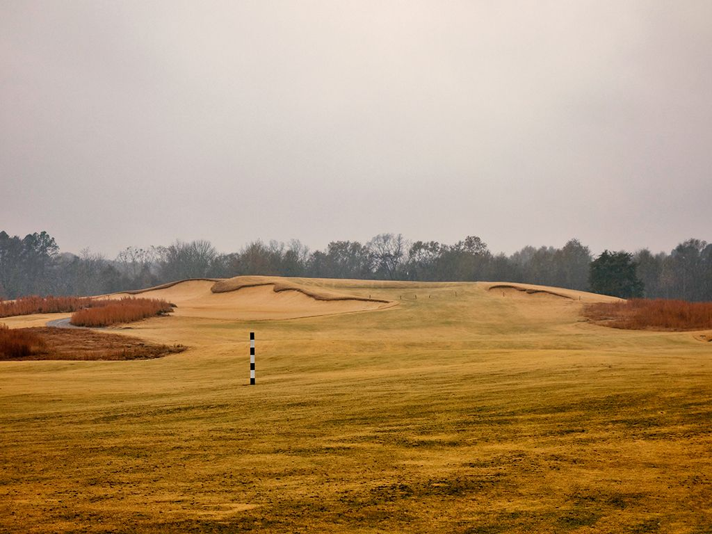 17th Hole at Mossy Oak Golf Club (523 Yard Par 5)