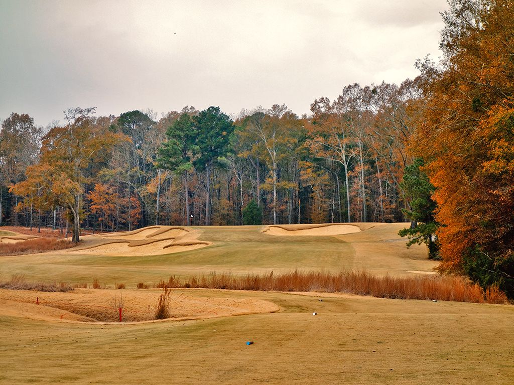 3rd Hole at Mossy Oak Golf Club (299 Yard Par 4)