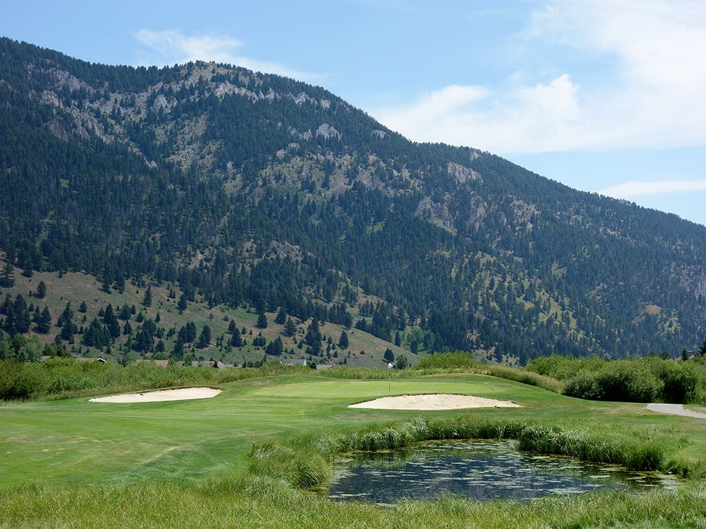 18th Hole at Big Sky Resort (423 Yard Par 4)