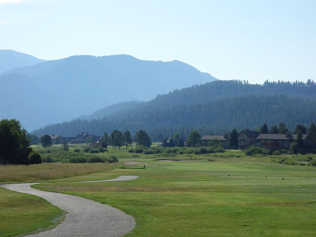 2nd Hole at Big Sky Resort (526 Yard Par 5)