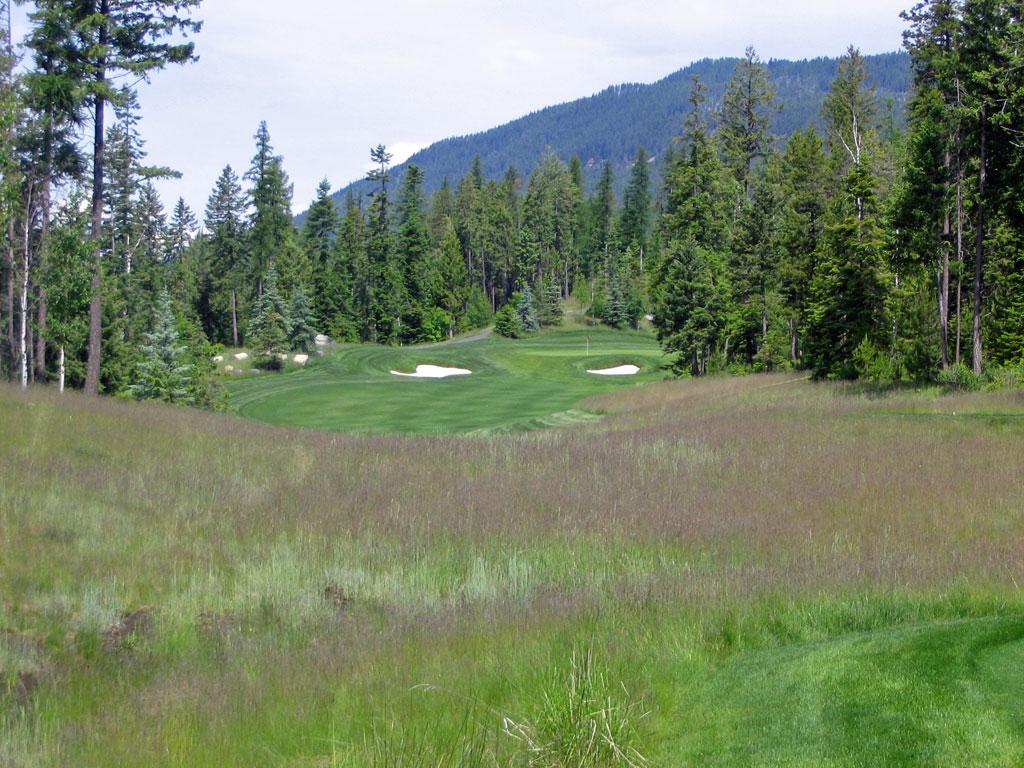 5th Hole at Iron Horse Golf Club (347 Yard Par 4)