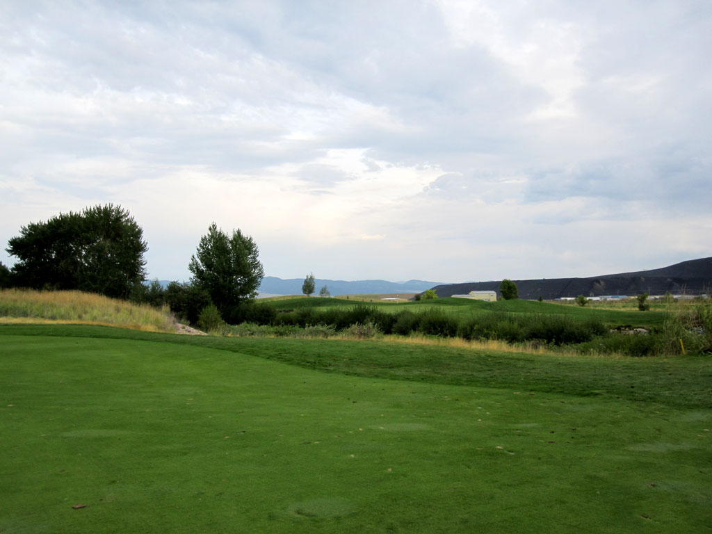 10th Hole at Old Works Golf Course (442 Yard Par 4)