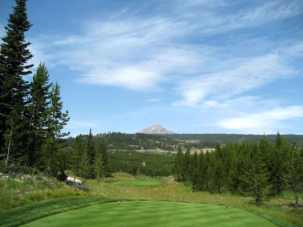 12th Hole at The Club at Spanish Peaks (458 Yard Par )