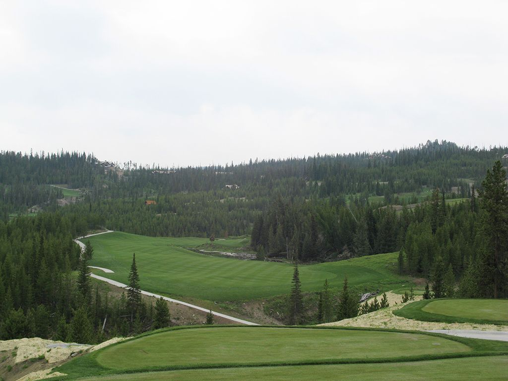 2nd Hole at The Club at Spanish Peaks (527 Yard Par 5)