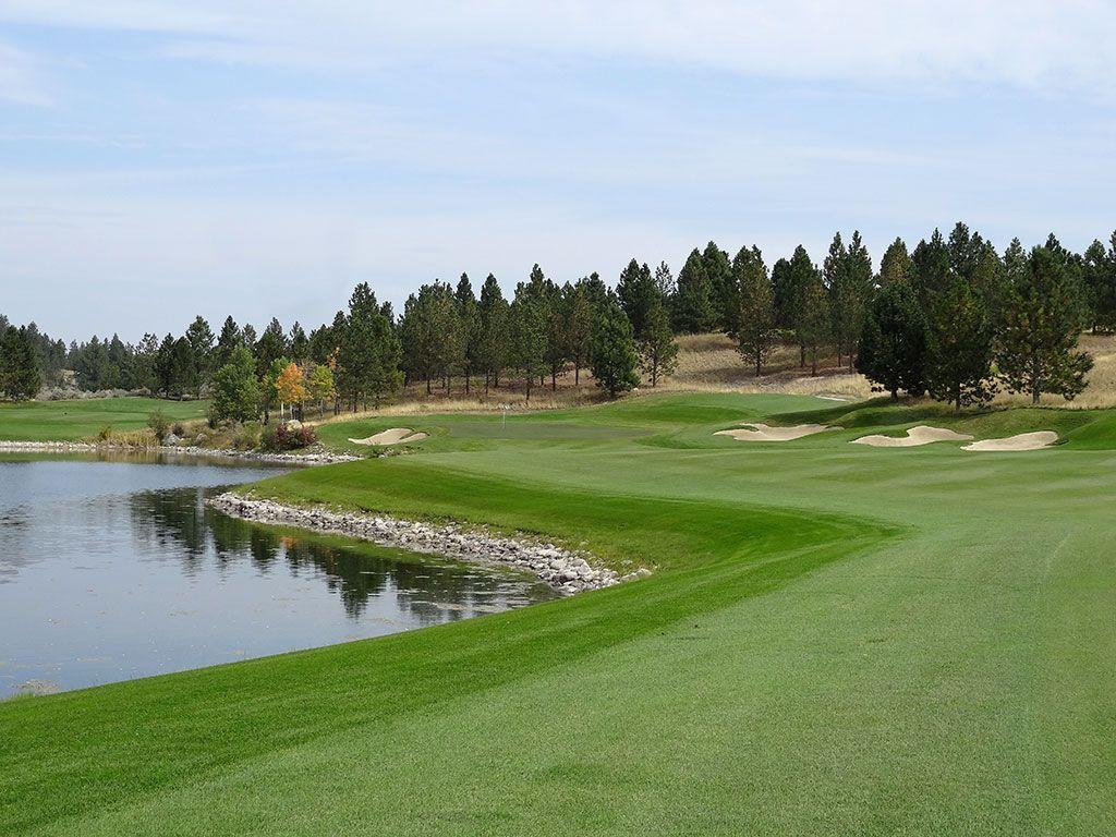 8th Hole at Stock Farm Golf Club (537 Yard Par 5)