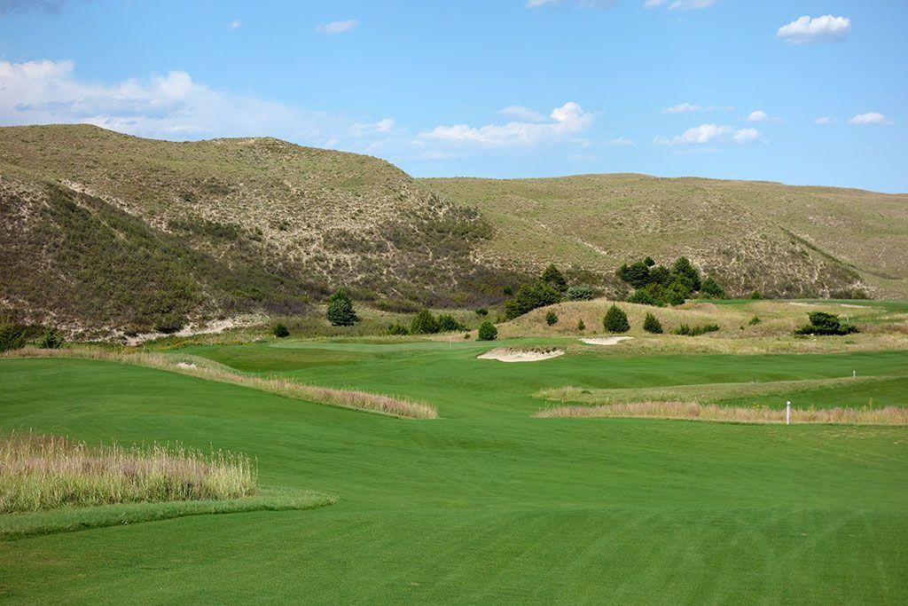15th Hole at Dismal River Golf Club (Red) (315 Yard Par 4)