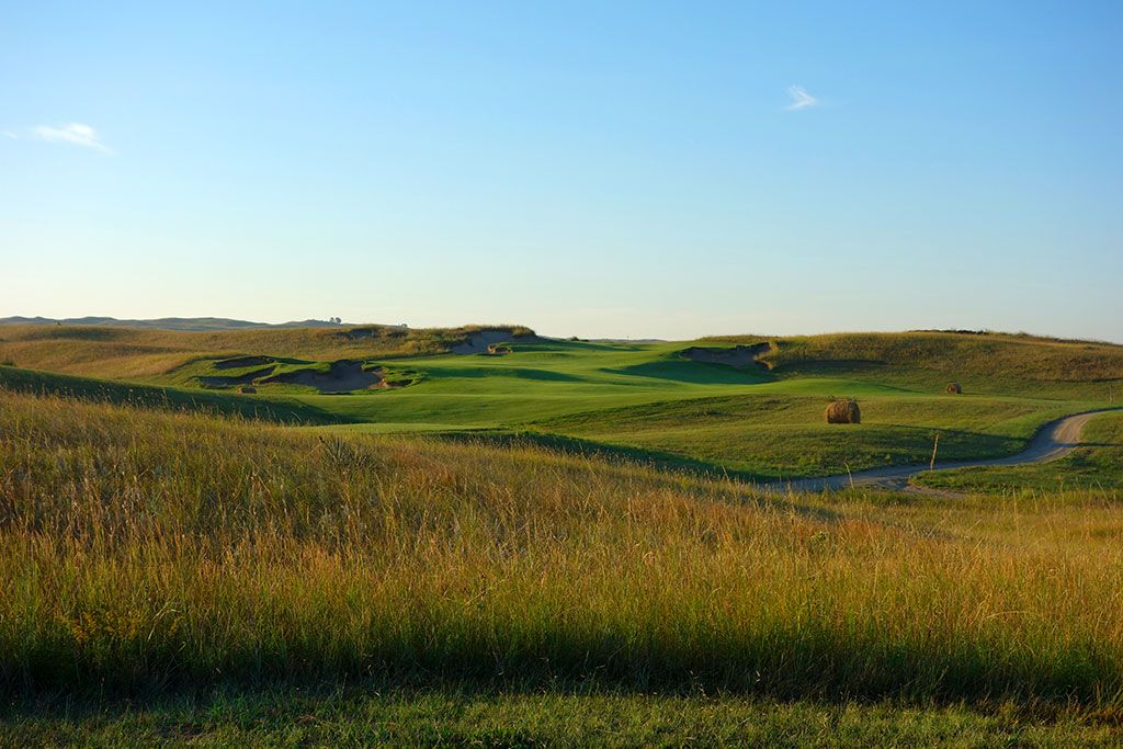 1st hole at The Prairie Club (Dunes) (Valentine, NE)