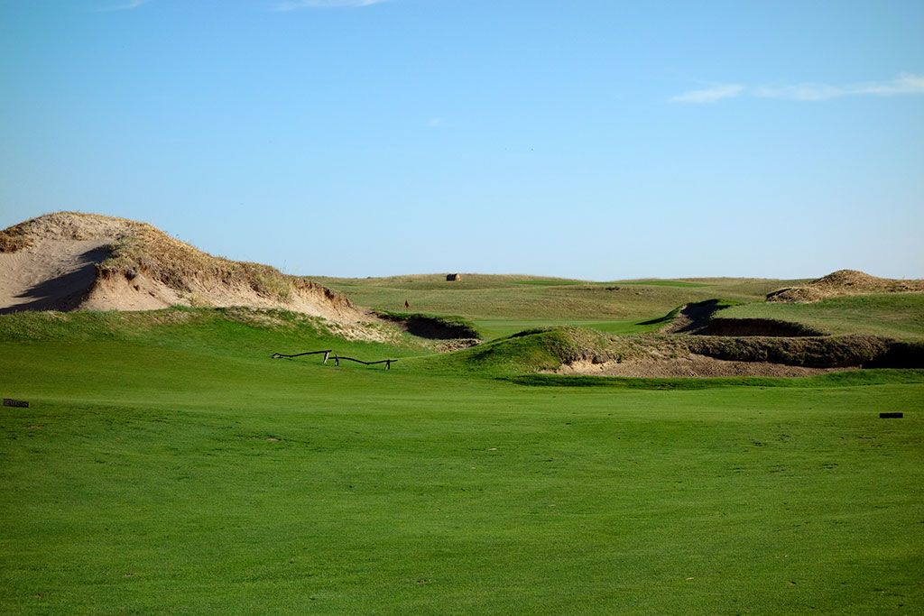 8th Hole at Prairie Club (Dunes), The (481 Yard Par 4)