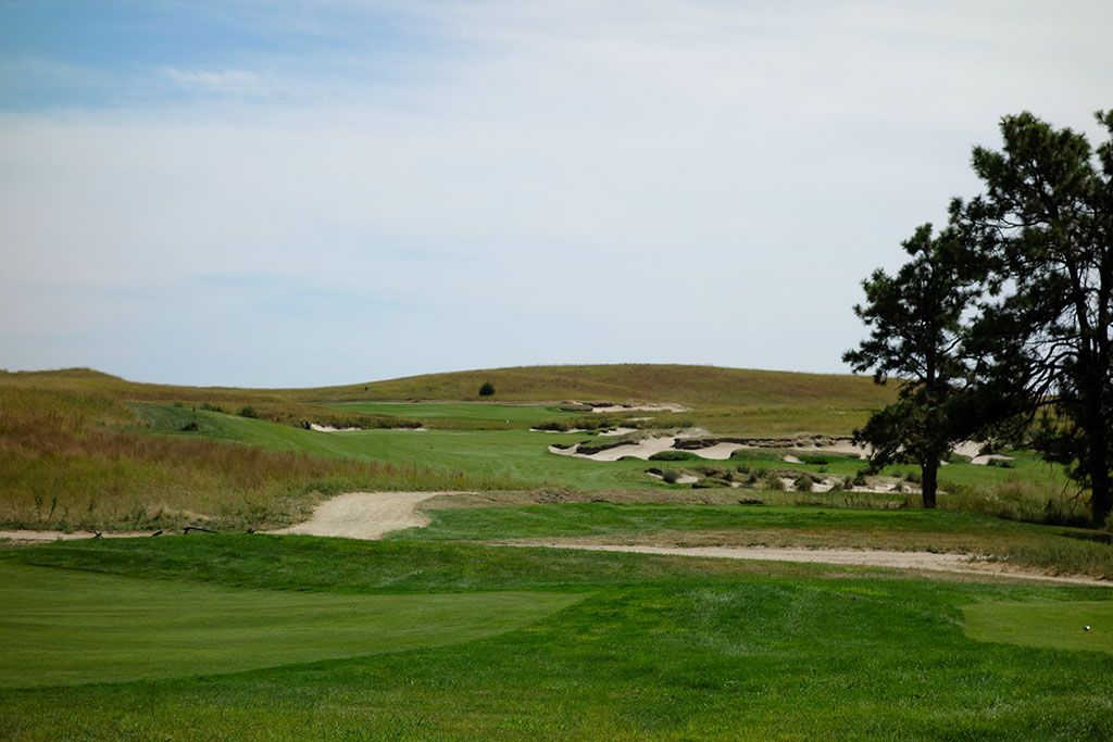 8th Hole at The Prairie Club (Pines) (462 Yard Par 4)
