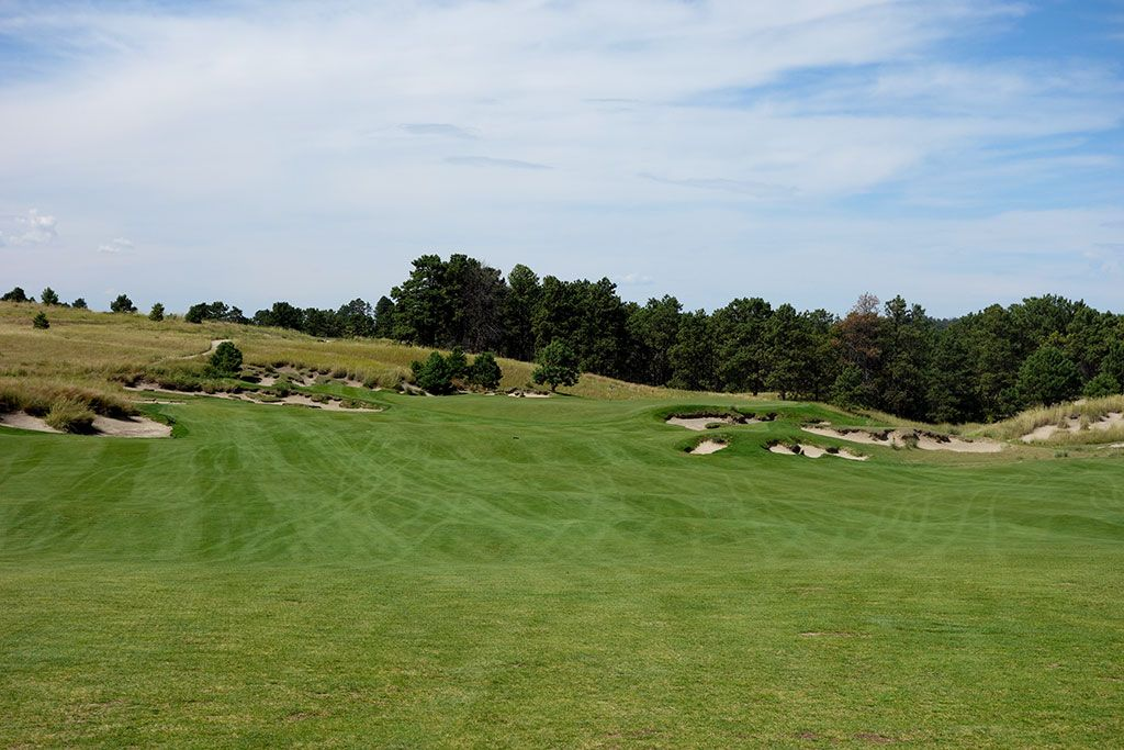 9th Hole at The Prairie Club (Pines) (314 Yard Par 4)