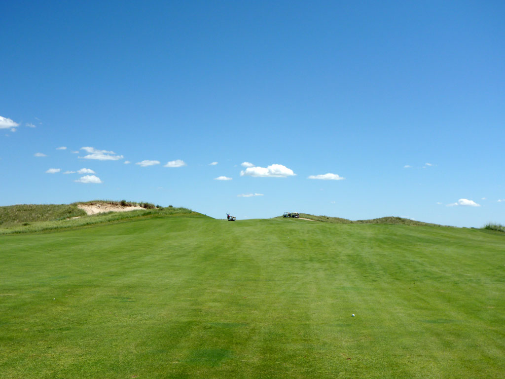 15th Hole at Sand Hills Golf Club (469 Yard Par 4)