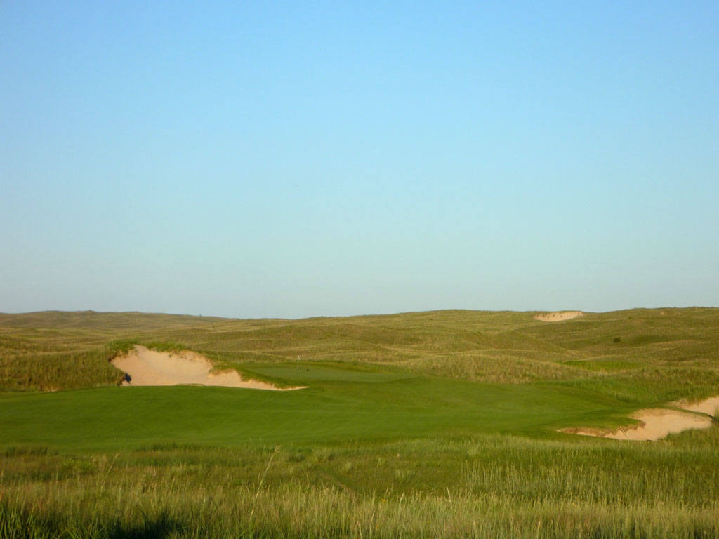 7th Hole at Sand Hills Golf Club