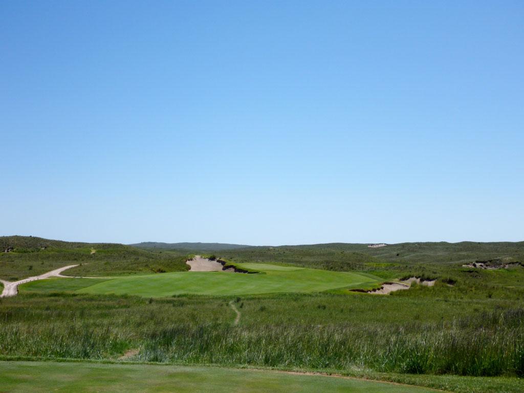 7th Hole at Sand Hills Golf Club (283 Yard Par 4)