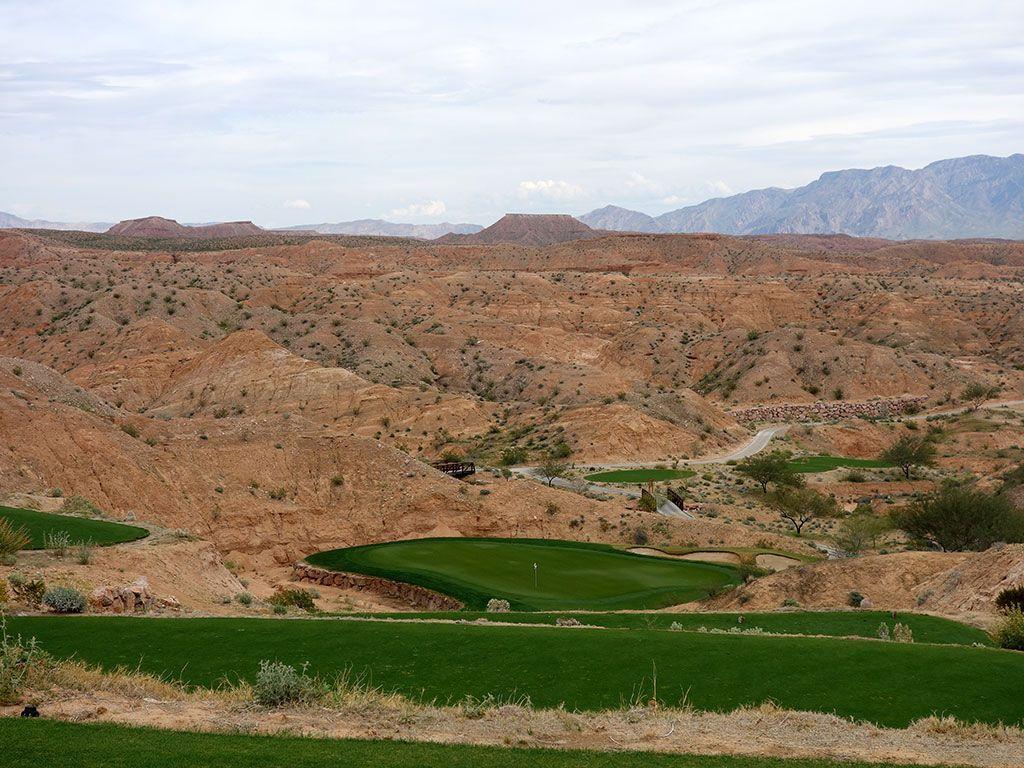 2nd Hole at Conestoga Golf Club (188 Yard Par 3)