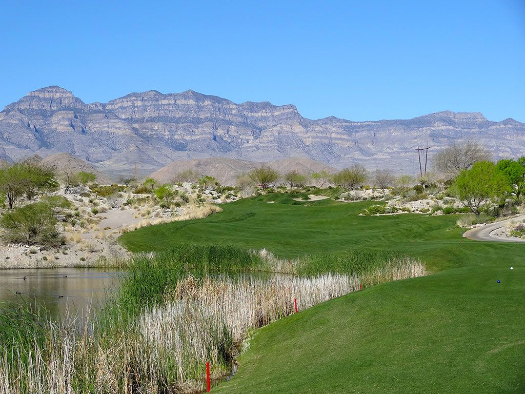 14th Hole at Coyote Springs Golf Club (450 Yard Par 4)