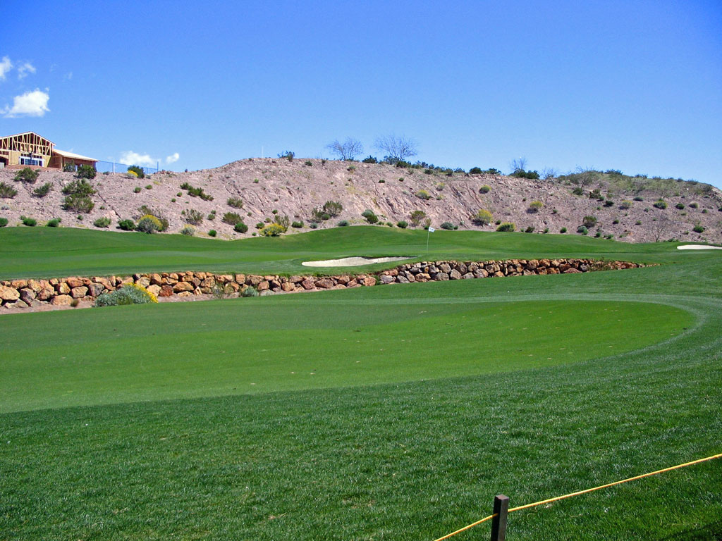 7th Hole at Falls at Lake Las Vegas (519 Yard Par 5)