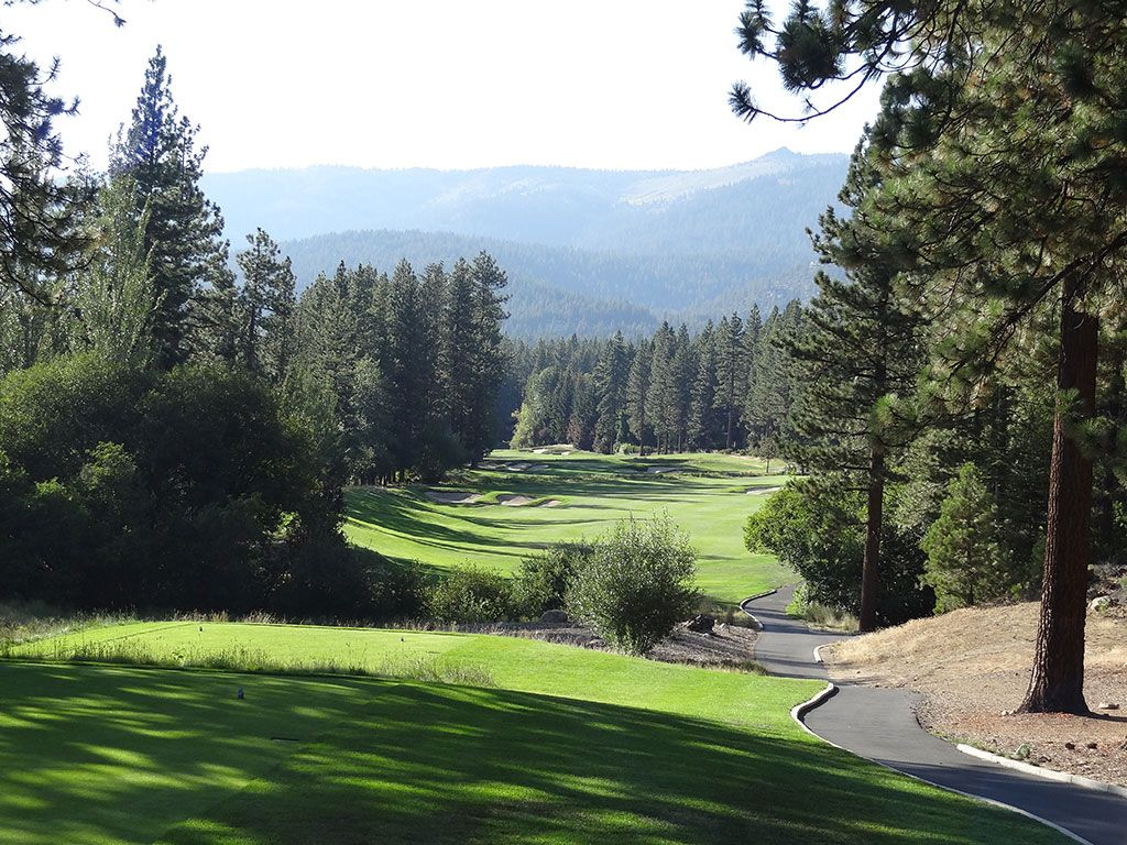 15th Hole at Incline Village (Championship) (437 Yard Par 4)
